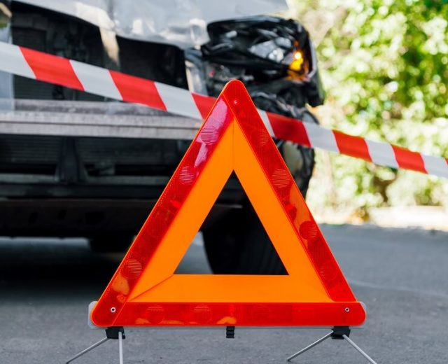 vehicle breakdown triangle accident